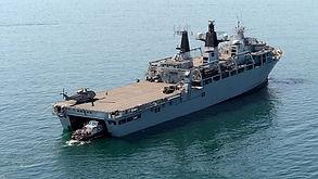 HMS Bulwark(L15) 2001 +