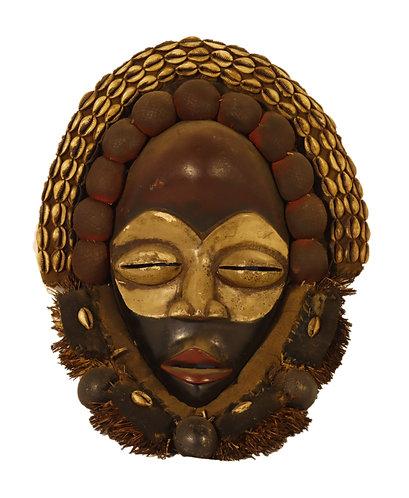African traditional dan mask