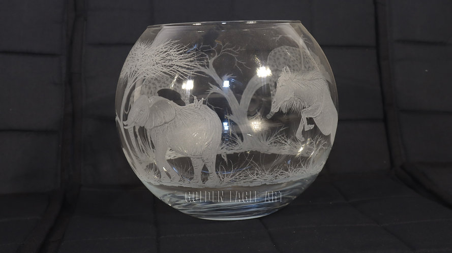 Curved round whisky glass