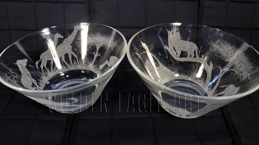 Engraved glass salad bowls