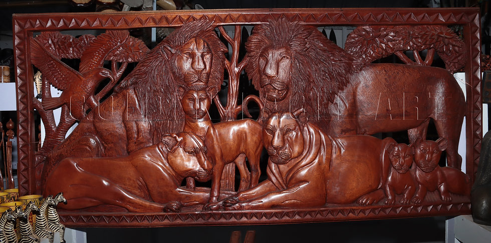Master piece lion family wall plate