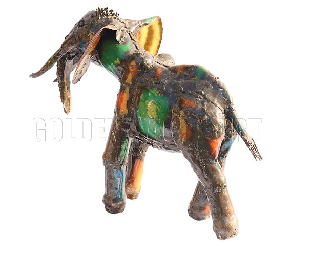 Recycled metal garden elephant