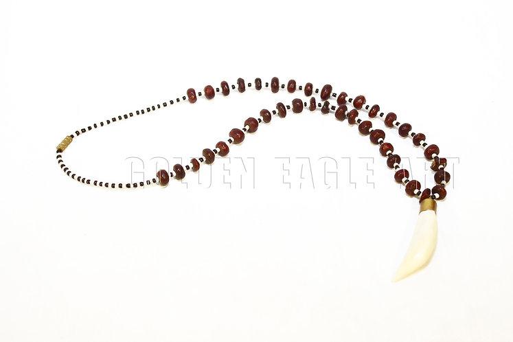 Lion teeth like pendant