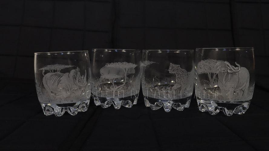 Engraved round whisky glasses