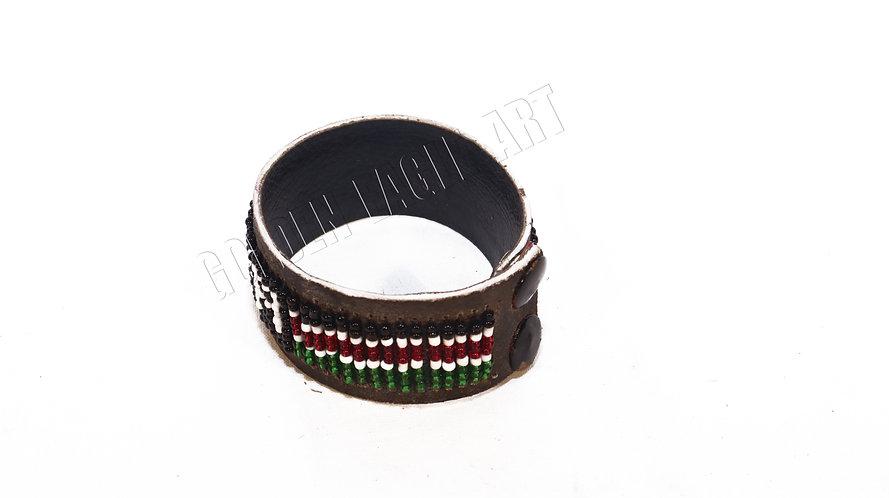 Kenyan clip bracelet
