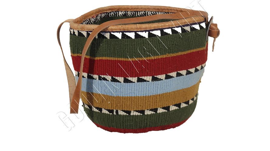 Woolen shopping basket ( kiondo)