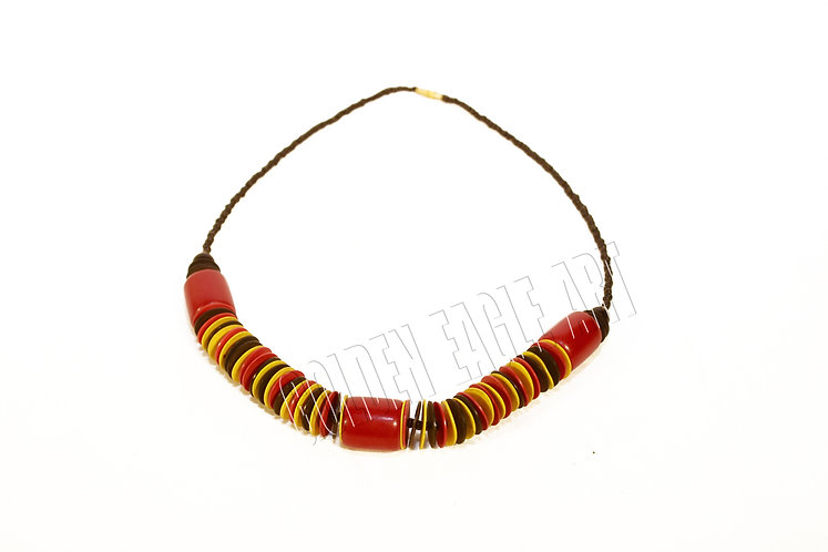 Ambor coconut shell necklace