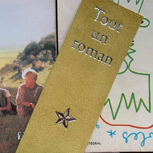 """MARQUE-PAGES """"Tout un roman"""" JAUNE"""