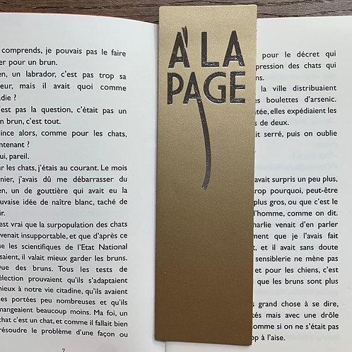 "MARQUE-PAGES ""A LA PAGE"" OR"