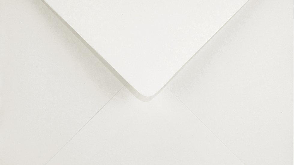 K4 - Ivory (dramblio kaulo sp.)
