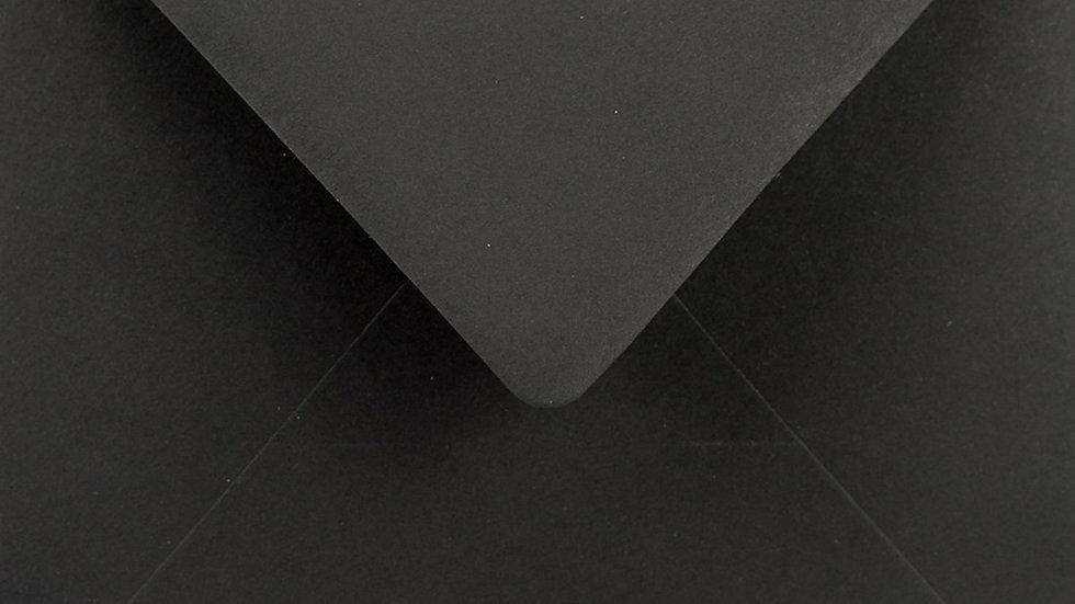 K4 - Black (juodos sp.)