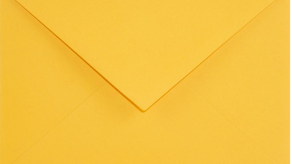 C6 - Indian Yellow (geltona)
