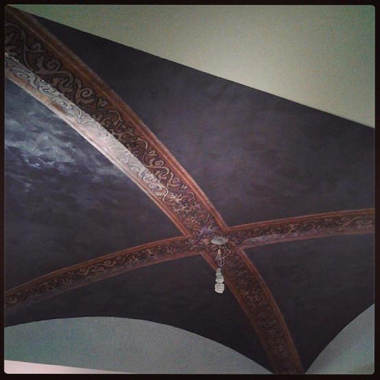 Groin vault ceiling_