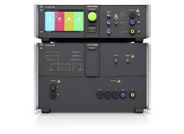Импульсный генератор UCS 500N5 с автоматическим устройством связи-развязки для испытаний однофазных ИТС до 100А