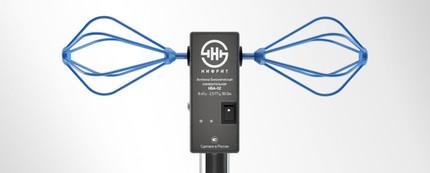 Широкополосная антенна со встроенным усилителем  и питанием от аккумулятора. Госреестр № 59250-14
