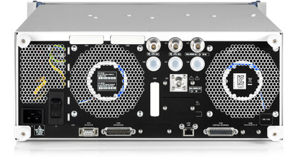 R&S®BBA150-BC500 Усилитель Rohde&Schwarz задняя панель