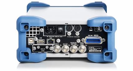 R&S SMC100A генератор синусоидальных сигналов с модуляцией