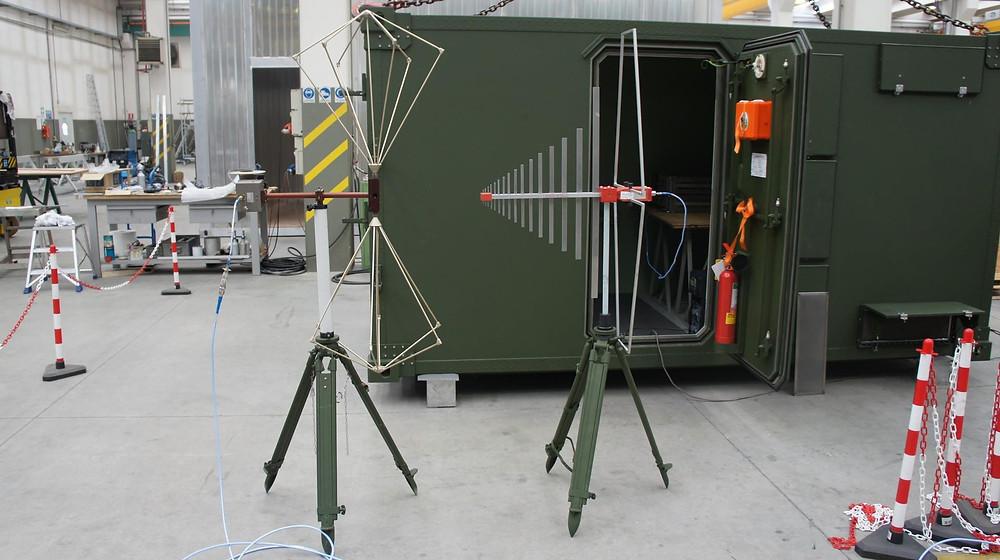 Антенны для измерения экранирования фургона