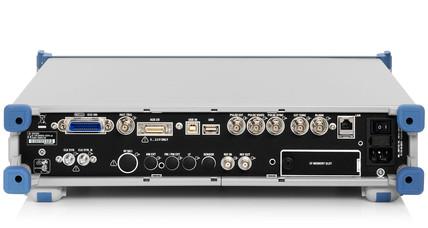 R&S SMA100A задняя панель генератора