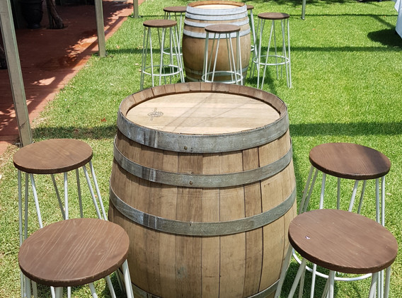 Wine Barrel with black square leg stools