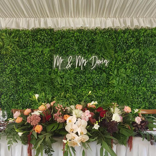 Greenwall behind Bridal Table