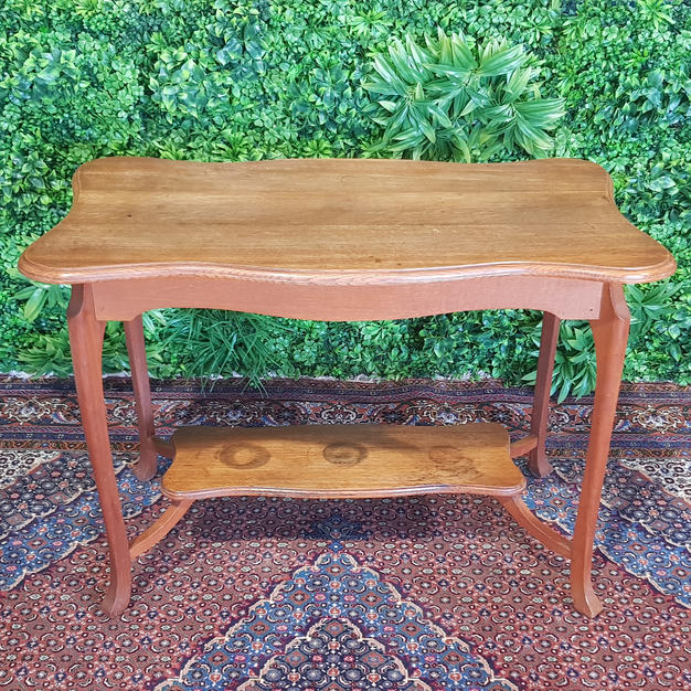 Timber Wavy Table