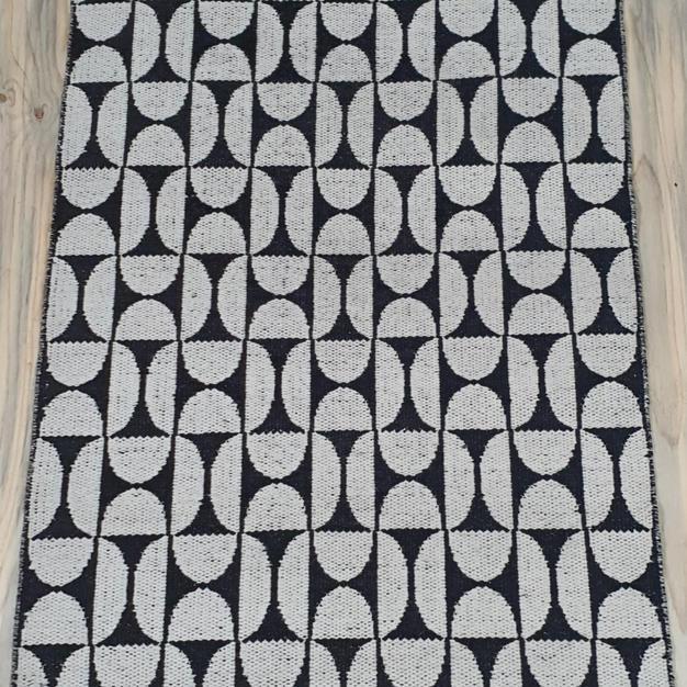 Black and White Semi Circle Rug 1.2m x 1.8m
