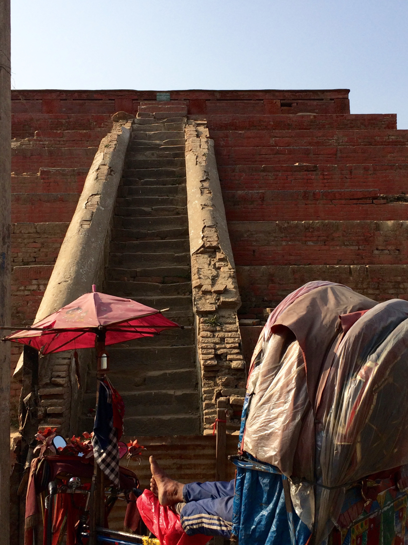 Quake damage in Kathmandu