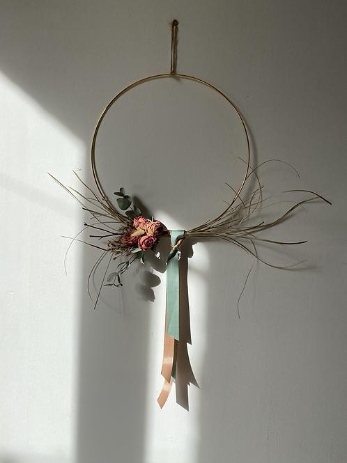 Cercle doré roses séchées n°3