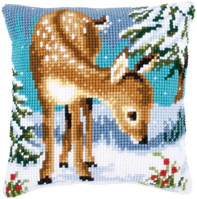 Kit coussin au point de croix biche dans la neige