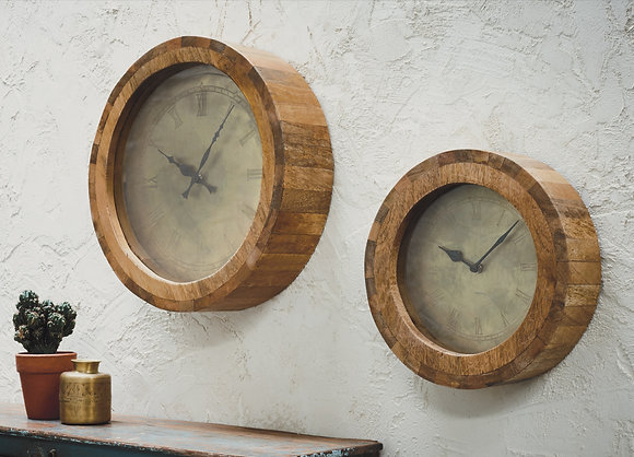 NUNGWI WOODEN CLOCK