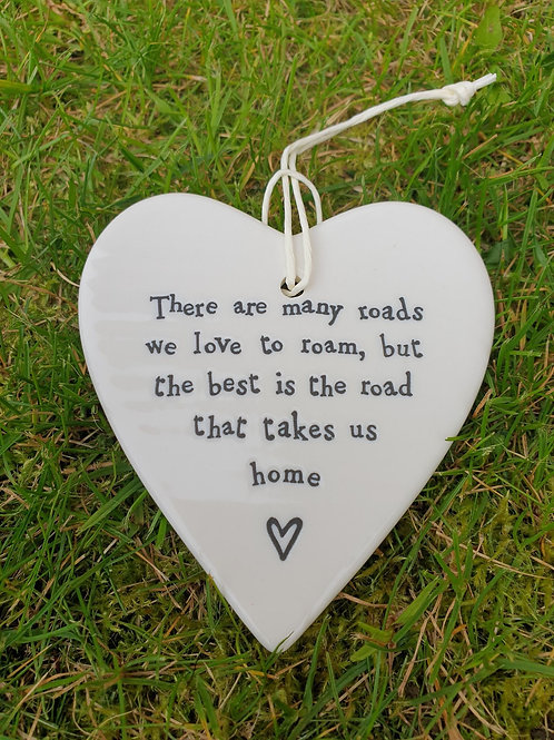 Porcelain round Heart - There are many roads