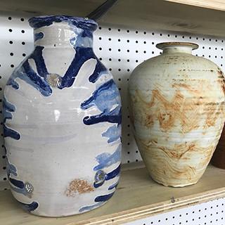Blue_Horseshoe_Pottery_10.jpg