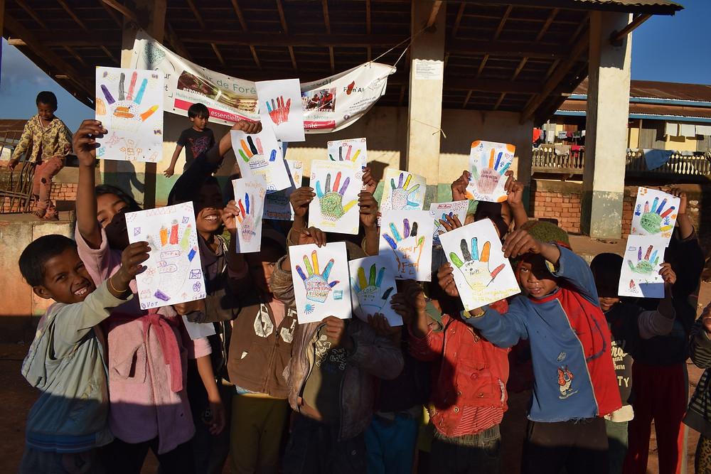 Enfants et dessins ateliers de sensibilisation Coeur de Forêt