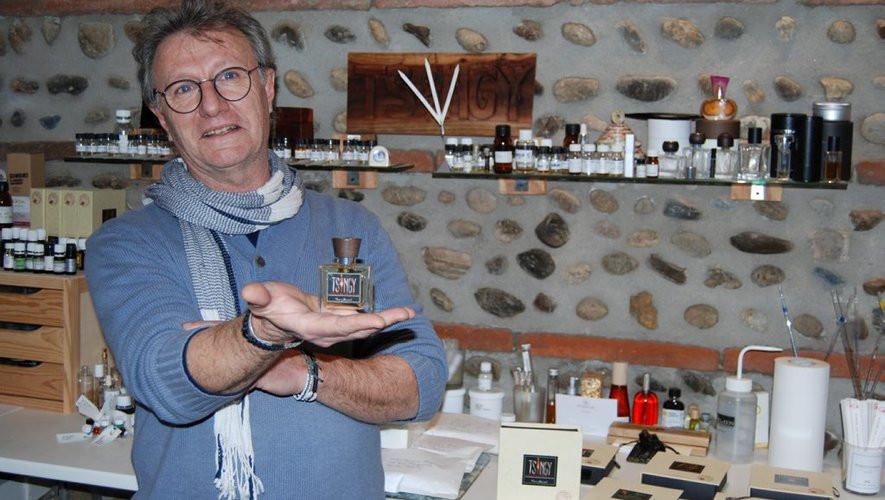 Thierry Bernard Thierry Bernard a créé Les Parfumeurs du Monde avec cinq parfumeurs indépendants