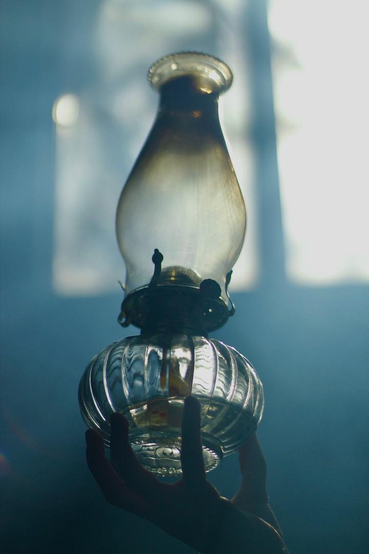 kerosine lamp