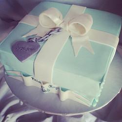 #sweetchef #sweetchefpastry #babyshower #octoberbaby #tiffanyandco#tiffany #silver #pearl #blue #van