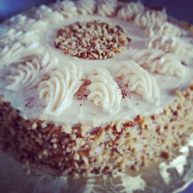 #sweetchef #sweetchefpastry #carrotcake #creamcheeseicing #walnuts