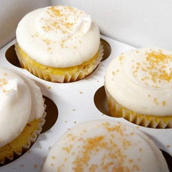 Happy birthday to my father-in-law! #sweetchefpastries #cupcakes #lemon #vanillabuttercream #coarses