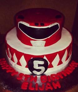 #sweetchef  #sweetchefpastry #chocolatecake #vanillabuttercream #fondant #satinice #powerrangers #re