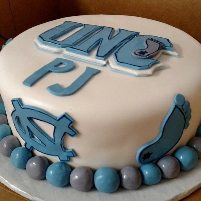 Instagram - #sweetchefpastries  #birthday #vanillacake #vanillabuttercream #fondant #unc #tarheels #