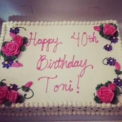 #sweetchef #sweechefpastry #vanillabeancake #vanillabuttercream #birthdaycake #forty #aka #springflo