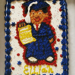 Instagram - #sweetchefpastries #customcake #vanillacake #vanillabuttercream #kindergartengraduation