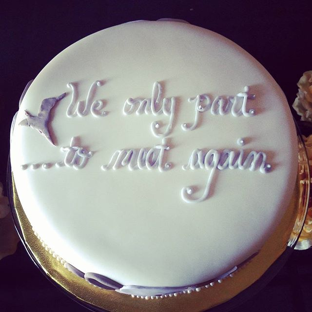 #sweetchef #sweetchefpastry #vanillacake #vanillabuttercream #fondant #hummingbird #lilac #taupe #we