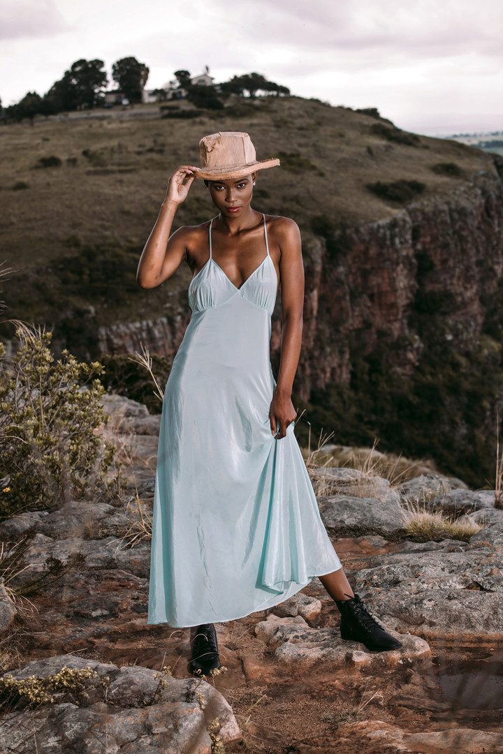Zinhle | On Edge | LOW-RES_0038.jpg