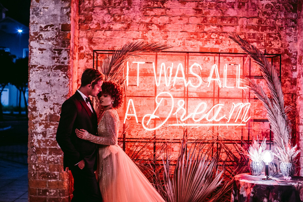 WEDDING NIGHT LIGHTS | Styled Shoot