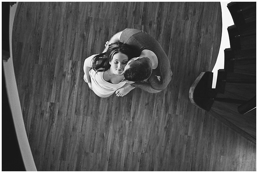 Gareth + Coralie   Pregnancy Shoot_0005.jpg