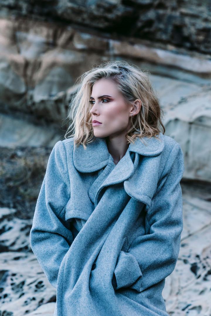 Gabrielle Lochoff | On the Rocks | Low R