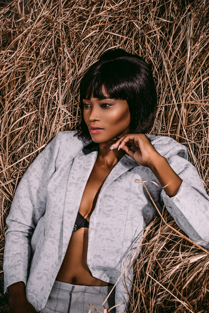 Zinhle | On Edge | LOW-RES_0076.jpg