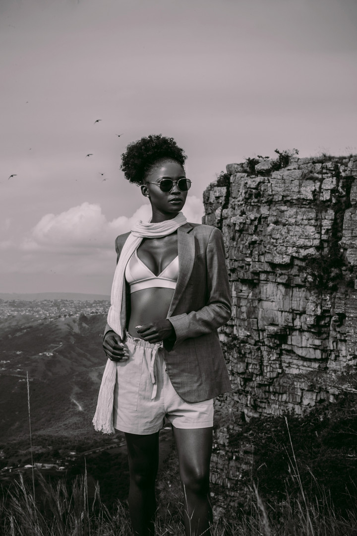 Zinhle | On Edge | LOW-RES_0025.jpg